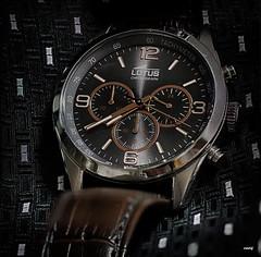 El tiempo pasa... (candi...) Tags: reloj tiempo esfera macro macrofotografia correa sonya77ii metal números agujas