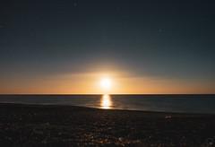 Moonrise (Robert Brienza) Tags: 2019 napier newzealand northisland sonyrx100m3 summer moon moonlight bloodmoon longexposure