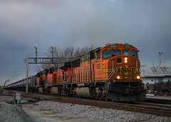 Moments Before Sunset (SantaFe669) Tags: bnsf trains railroads railfanning diesellocomotives locomotives sd70mac es44dc et44c4