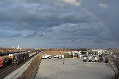 Under the rainbow (Robby Gragg) Tags: ic sd70 1001 gary