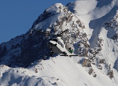IMG_4291 (Tipps38) Tags: hélicoptère aviation photographie montagne alpes avion courchevel neige helicopter 2019 planespotting
