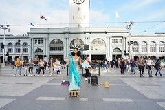 Woman's March 2019 (Lynn Friedman) Tags: torch costume dress statueofliberty woman embarcadero ferrybuilding performance sing dragqueen entertain womansmarch politics gender equality resistance sanfrancisco california usa 94111