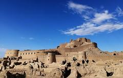Argh-e Bam Citadel (2018) (MarcoFlicker) Tags: iran bam citadel adobe building reconstruction earthquake honor 9