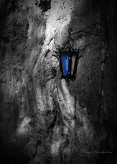 Farol (ArturoHCordero) Tags: farol lantern color colorselectivo selectivecolor azul blue luz light mexico zacatecas canon t2i