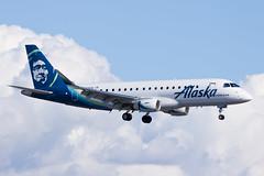 Alaska Airlines (Horizon Air) Embraer ERJ-175 N638QX (jbp274) Tags: sna ksna johnwayneairport airport airplanes alaskaairlines horizonair horizon qx embraer e175 erj175