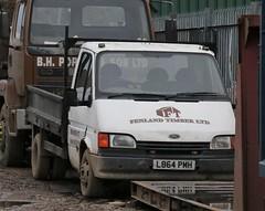L864 PMH (Nivek.Old.Gold) Tags: 1994 ford transit 190 d lwb dropside 2496cc fenlandtimber wisbech