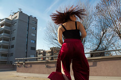 circle (jorwudi) Tags: circle hair legs leg february sun trees buildings turn roof girl round arms tattoo