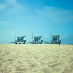 Triplets (colinpoe) Tags: horizon sand kodakfilm venicebeach mediumformat 6x6 ektar100 ektar clouds beach rolleiflexautomat tlr rolleiflexautomatk4a sky rolleiflex shore 120 lifeguardhut