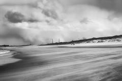 IJmuiden zw (Hans Heemsbergen) Tags: nikond70s hansheemsbergen ijmuiden zwartwit