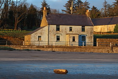 Derelict house at Lissadell Beach in evening light (flxnn) Tags: house derelict buildings building abandoned amateur ireland light evening beach coast color colour outdoor inexplore beauty countryside explore artifacts sand water home stone springtime travel tourism view visit
