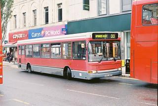 Countryliner-DP5-S303MKH-Brighton-051012b