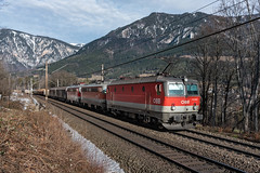 sem_190209_08 (Prefektionist) Tags: 1142 1144 24120mmf4gvr austria bahn d750 eisenbahn europa europe loweraustria niederösterreich nikon oebb payerbach rail railroad railway semmering semmeringbahn train trains öbb österreich at