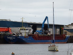 SWEDICA HAV (IMO: 8605478) General Cargo Call Sign: C6VU6 (guyfogwill) Tags: abp associatedbritishports bateau bateaux boat boats cargo cargoship cargovessel devon docks england gbtnm generalcargo guyfogwill imo8605478 marine mmsi309584000 nautical pgedicahav river riverteign shaldon southwest swedicahav teignestuary teignbridge teignmouth teignmouthapproaches unitedkingdom unloading vessel winter workboat gbr flicker photo interesting absorbing engrossing fascinating riveting gripping compelling compulsive sony dschx60 coastal coastline