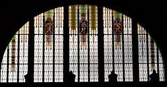 Bahnhofsfenster / Windows of the railway station (ludwigrudolf232) Tags: fenster motiv glas bahnhof prag