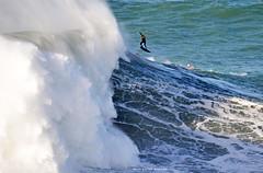 TOBY CUNNINGHAM / 0364ANB (Rafael González de Riancho (Lunada) / Rafa Rianch) Tags: surf waves surfing olas sport deportes sea mer mar nazaré vagues ondas portugal playa beach 海の沿岸をサーフィンスポーツ 自然 海 ポルトガル heʻe nalu palena moana haʻuki kai olahraga laut pantai costa coast storm temporal
