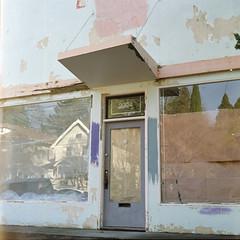 Closed (fleshfaced) Tags: mamiyac220 mamiya mamiyatlr tlr twinlensreflex portra portra800 building architecture abandoned retro vintage film analog