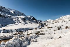 LA MONTAÑA (GuillerML) Tags: montaña monte puerto asturias spain españa cantabrico cordillera landscape paisaje naturaleza nikon nature airelibre senderismo guillerml nikond3200 nieve turismo tourism roca landscapes
