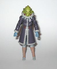 kit fisto cold weather gear cw60 star wars the clone wars blue black cardback basic action figures 2011 hasbro d (tjparkside) Tags: kit fisto cold weather gear cw60 cw 60 star wars clone clones trooper troopers red white card back packaging hasbro basic action figure figures sw tcw lightsaber jedi snow orto plutonia nahdar vebb 2011 goggles display stand base silver ice shoes blue black cardback
