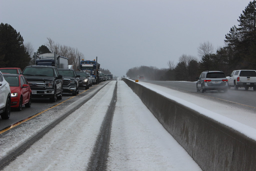 The World's most recently posted photos of 401 and traffic - Flickr