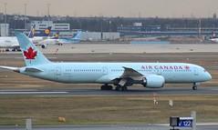 Air Canada, C-FNOI, MSN 35268, Boenig 787-9 Dreamliner, 27.12.2016,  FRA-EDDF, Frankfurt (henryk.konrad) Tags: cfnoi aircanada b789 dreamliner henrykkonrad frankfurt fraeddf
