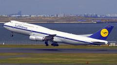 Boeing 747-830, D-ABYT, Lufthansa (Retro Livery) (tkosada.mac) Tags: lufthansa staralliance boeing b748 tokyointernationalairport hanedaairport hnd rjtt