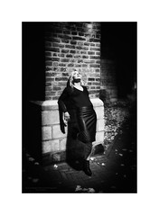 Film Noir XXXV (Passie13(Ines van Megen-Thijssen)) Tags: kiki filmnoir dark night nightscape portrait portret woman blackandwhite bw sw zw zwartwit monochrome monochroom monochrom canon sigma35mmart weert netherlands inesvanmegen inesvanmegenthijssen