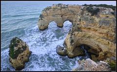 Praia da Marinha #4 (LilFr38) Tags: lilfr38 fujifilmxpro2 fujifilmfujinonxf1024mmf4rlmois algarve portugal praiadamarinha beach ocean sand wave cliff rock plage océan sable vague rocher falaise