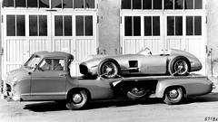 Mercedes W-196/R sobre el Mercedes Race Transporter. (Txemari - Argazki.) Tags: