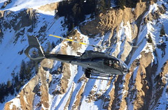 IMG_3600 (Tipps38) Tags: hélicoptère aviation photographie montagne alpes avion courchevel neige helicopter 2019 planespotting