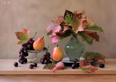 The Leaves Fall (Esther Spektor - Thanks for 12+millions views..) Tags: stilllife naturemorte bodegon naturezamorta stilleben naturamorta composition creativephotography art autumn tabletop leaf bouquet food fruit pear grape cluster vase plate stand glass ceramics wooden ambientlight green yellow orange rust biege agua brown estherspektor canon coth coth5