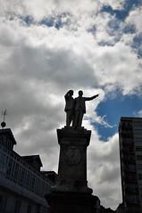 Yo creo que las nubes viene de alli (enrique1959 -) Tags: martesdenubes martes nubes nwn betanzos acoruña galicia españa europa