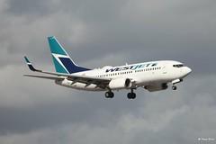 Boeing 737-700 (C-FWSO) West Jet (Mountvic Holsteins) Tags: miami international airport florida boeing 737700 cfwso west jet