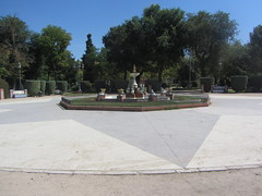 The Frog Fountain,   Parque Gasset, 1915,  Ciudad Real,  La Mancha (d.kevan) Tags: parksandgardens parquegasset 1915 ciudadreal lamancha paths plants trees grass streetlamps plaza fountains frogs