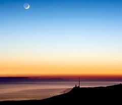 Lune et Canigou depuis la tête du Grand Puech (bruno Carrias) Tags: têtedugrandpuech canigou lune sunset chainedelétoile provence provencealpescôtedazur bouchesdurhône mimet
