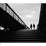 De l'ombre vers la lumière thumbnail