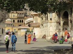 jaipur 2019 (gerben more) Tags: galta jaipur temple rajasthan india people streetscene arch architecture