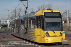 Manchester Metrolink 3109 (Mike McNiven) Tags: manchester metrolink tram metro lightrail lrv baguley manchesterairport airport victoria marketstreet southmoorroad hollyhedgeroad