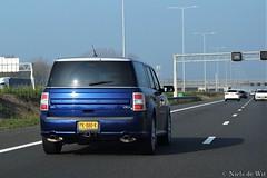 2013 Ford Flex (NielsdeWit) Tags: nielsdewit car vehicle pk080k a12 highway driving snelweg ford flex
