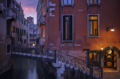 Venetian paths 138(Rio de San Zulian San Lio) (Maurizio Fecchio) Tags: venice venezia italia italy city cityscape bridge architecture canal water sunset tramonto travel tranquility nopeople longexposure lights reflections nikon d7100 street nightcity nightshot sky clouds