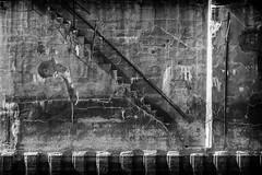 Esztergom, szénrakodó (deakb) Tags: nikon d500 hungary danube duna esztergom border water sky 70200 sigma bw black white