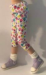 """Pretty Little Flowers...Leggings For Blythe... • <a style=""""font-size:0.8em;"""" href=""""http://www.flickr.com/photos/34492931@N07/46002552964/"""" target=""""_blank"""">View on Flickr</a>"""