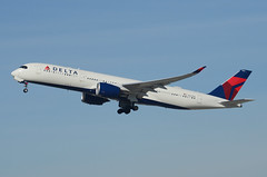Delta Airlines A350-941 (N502DN) LAX Takeoff 3 (hsckcwong) Tags: deltaairlines a350941 a350900 n502dn lax klax airbusa350