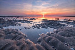 X-ray! (karindebruin) Tags: katja maasvlakte nederland noordzee northsea thenetherlands zonsondergang zuidholland laagwater lowtide sunset