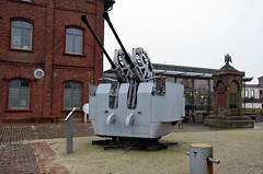 Marinemuseum Wilhelshaven (1) (bunkertouren) Tags: wilhelmshaven museum marinemuseum schiff schiffe kriegsschiff kriegsschiffe ship warship hafen marine submarine bundeswehr zerstörer mölders gepard uboot schnellboot minensuchboot minensucher outdoor weilheim