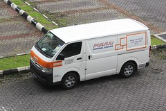 Poslaju National Courier (So Cal Metro) Tags: toyota hiace van malaysia kualalumpur cargo courier freight delivery