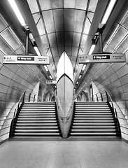 Southwark (R~P~M) Tags: train railway station jubileeline londonunderground southwark london england uk unitedkingdom greatbritain