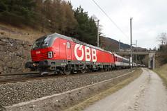ÖBB 1293 037-8 Schiebelok RoLa, Mühlbachl (michaelgoll777) Tags: öbb vectron 1293