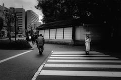 P3313681A Street (soyokazeojisan) Tags: japan kobe city street people bw blackandwhite monochrome digital olympus em1markⅱ 12100mm 2019