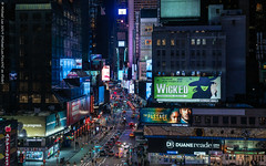Broadway (20190209-DSC00727) (Michael.Lee.Pics.NYC) Tags: its much harder recover highlights from video screens when they occupy such small parts image easier there more pixels involved for highlight recovery