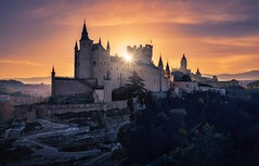 Alcázar de Segovia II (Chusmaki) Tags: alcázar segovia amanecer rayossolares ngc